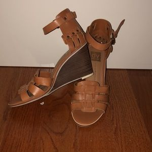dolce vita wedges like new from nordstrom